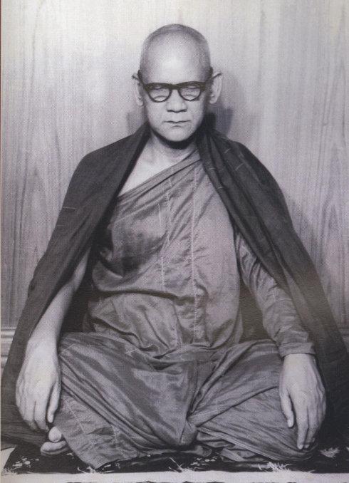 缅甸高僧──马哈希大师及弟子們的昔日照片